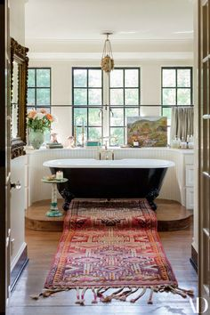 Top model Lily Aldridge bright home in Nashville #interior #design #home #decor #Idea #inspiration #cozy #Room #style #light #color #space #window #classic #tub #rug