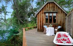 When considering an overseas honeymoon (or even a destination wedding), the  venue selection can be rather harrowing with an entire world to consider.  As part of our #honeymoonhumpday series, we're going to be bringing you a  variety of venue profiles, honeymoon styles and tips every Wednesday to  help you narrow your options down to somewhere truly amazing.  Today's venue is Magic Cottages at Takou River, right here in New Zealand.  Located just outside Kerikeri in the beautiful Bay of…