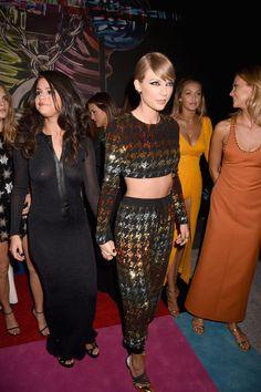 Taylor Swift and Selena Gomez at MTV VMAs 2015   POPSUGAR Celebrity