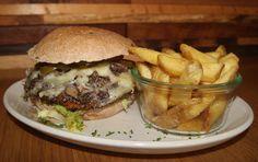 Authentischer und köstlicher Burger von Wiesenlust in Frankfurt