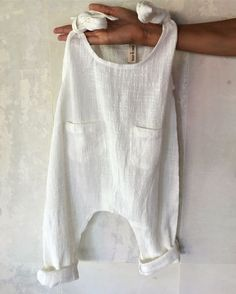 Summer Baby Outfits Pretty white boho baby romper in soft cotton or linen. The post Summer Baby Outfits appeared first on Summer Ideas. Baby Clothes Patterns, Clothing Patterns, Boho Baby Clothes, Baby Summer Clothes, Kids Clothing, Babies Clothes, Children Clothes, Style Clothes, Vintage Kids Clothes