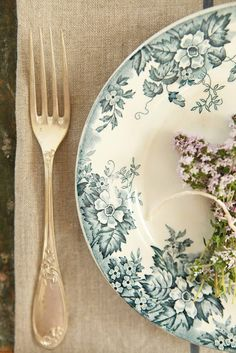 gorgeous French vintage details