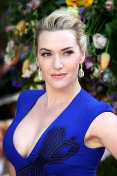 This Is The Awesome Body-Positive Mantra Kate Winslet Recites With Her Teenage D. - This Is The Awesome Body-Positive Mantra Kate Winslet Recites With Her Teenage Daughter Mother of t - Blond Ombre, Ombre Hair Color, Blonde Balayage, Beautiful Celebrities, Beautiful Actresses, Gorgeous Women, Beautiful People, Kate Winslet, Actrices Hollywood