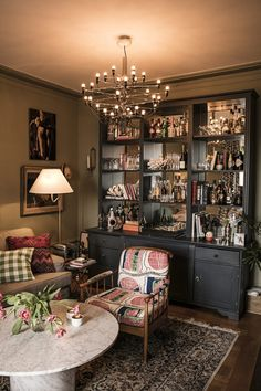 Marie-Louise Sjögren // woooow all of it! Office Interior Design, Office Interiors, Interior Decorating, Retro Home Decor, Diy Home Decor, Ikea Showroom, Living Room Decor, Bedroom Decor, Dining Room