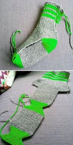 Beautiful Skills - Crochet Knitting Quilting : Two Needle Socks - Free Knitting Pattern - Diy Crafts - maallure Finger Knitting, Arm Knitting, Knitting Socks, Knitted Slippers, Crochet Slippers, Knit Crochet, Slipper Socks, Easy Knitting Patterns, Sewing Patterns