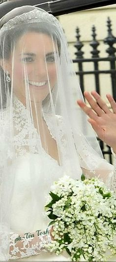 The Royal Wedding, Lily of the Valley Bouquet ❇ Téa Tosh
