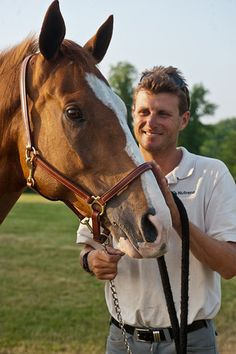 The Horse That Would Not Give Up, and the Man Who Loved Him: Read the moving story of superhorse Neville Bardos and his loving owner, Boyd Martin! And watch a video you'll never forget . . . read our blog post!