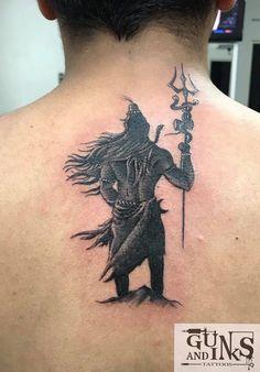 Guns and Inks Tattoos and Piercings Hindu Tattoos, God Tattoos, Weird Tattoos, Body Art Tattoos, Sleeve Tattoos, Body Tattoo Design, Shiva Tattoo Design, Type Tattoo, Arm Band Tattoo