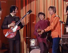 The Monkees GIF, Mike, Davy and Peter, from the 'Some Like it Lukewarm' episode Peter Tork, Davy Jones, The Monkees, Old Tv Shows, Music Icon, Just Amazing, Music Bands, Rolling Stones, The Beatles