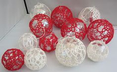 Tatting and not a lot else!: Christmas baubles