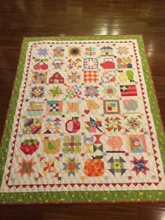Quilt - Farm Girl Vintage by Lori Holt on Pinterest | Farms, Bees ...