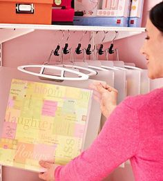 Here are 21 way great ways to organize your craft supplies. These come in handy for cleaning up your craft room or area.