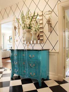 At Home: Aqua Elegance | ZsaZsa Bellagio - Like No Other