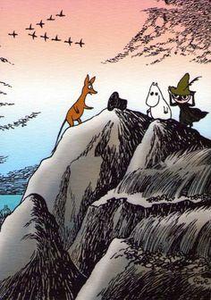 Sniff, Moomin and Snufkin found the magic hat. Sniff, Mumin och snusmumriken hittade trolkarlens hatt. Niisku, muumi ja nuuskamuikkunen löysivät taikurin hatun.
