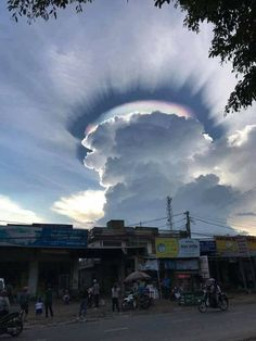 Tagged with rainbow, dark, clouds, sunshine, pic; Sun shines out of darkened Clouds creating a half circle Rainbow. Nature Pictures, Cool Pictures, Cool Photos, Funny Pictures, Random Pictures, Beautiful Sky Pictures, Heaven Pictures, Weather Cloud, Wild Weather