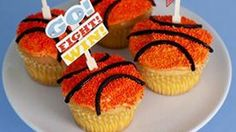 Even if you're not a sports lover, you can get behind March Madness with these adorable cupcakes! Easy to make, they'll make your party festive and fun!