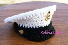This Navy Dress Cap is easily customizable for police departments also. Includes directions for badge, band and how to make the top of the hat stiff