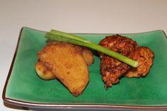 Delicious karaage chicken bites http://auberginearound.wordpress.com/2014/07/01/karaage-chicken/