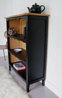 """ce meuble 1980 acheté """" trois francs six sous"""", à quel mode vais je le relooke. Furniture Projects, Furniture Making, Furniture Makeover, Cool Furniture, Painted Furniture, Kitchen Furniture, Creation Deco, Furniture Restoration, Repurposed Furniture"""