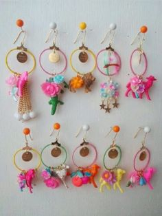 I think they're toy animals dangling from hoop earrings. Diy Jewelry, Jewelery, Jewelry Design, Jewelry Making, Handmade Accessories, Jewelry Accessories, Fashion Accessories, Diy Earrings, Crochet Earrings