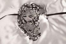 King or Queen Luxury Filigree Metal Masquerade Mask - Phantom