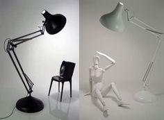 MAX LAMP |