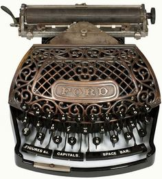 This beautiful Japanned grill appliance was manufactured in 1895 by the Ford Typewriter Company. The Ford typewriter broke new ground in being the first typewriter to use the new metal 'aluminum' in its construction. Vintage Love, Retro Vintage, Vintage Items, Vintage Tools, Vintage Market, Vintage Stuff, Art Nouveau, Antique Typewriter, Art Deco