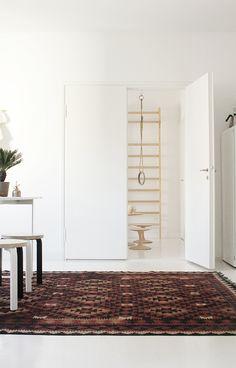 #habitare15 #uudistuminen #design #sisustus #varpunen #dekolehti #habitare2015 Oversized Mirror, Interior, Furniture, Home Decor, Design, Deco, Decoration Home, Indoor, Room Decor