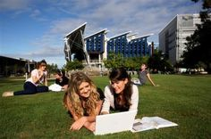 University of the Sunshine Coast students study outside on the lawn outside the Library on the USC campus in Sippy Down, on the Sunshine Coast of Queensland, Australia. Student Studying, Student Life, Best Places To Live, Oh The Places You'll Go, Australia Immigration, History Teachers, College Campus, Education And Training, Sunshine Coast