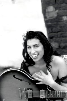 Amy Winehouse | beautiful and healthy | guitar | 27 club | black and white | music | iconic | www.republicofyou.com.au