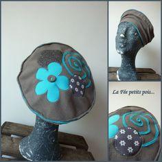 Fleece Hats, Diy Bow, Diy Sewing Projects, Hat Hairstyles, Polar Fleece, Hat Making, Headgear, Beret, Fascinator