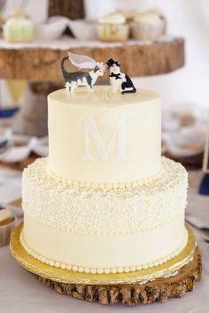 Adorable Cat Wedding Cake Topper!   Fowler Studios on @knotsvilla