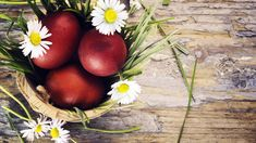 Γιατί βάφουμε Κόκκινα τα αυγά το Πάσχα ~ Μικρά Μυστικά