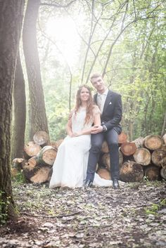 Professional Wedding & Family photographer based in Pretoria, Gauteng, South Africa. Photographer for weddings, family, maternity & new born shoots.