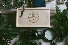 Another cracking photo of our rectangular box. It's a prefect example how to make our packaging a part of your branding.  Thanks to http://www.ericrenepenoy.com/ for emailing us the image.  #photographypackaging #woodenbox #packaging #woodenbanana