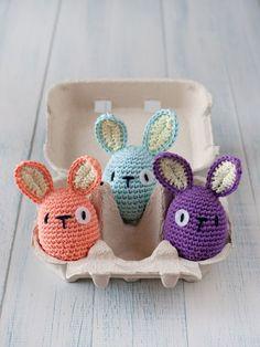 Crochet Easter egg bunnies - awww!!