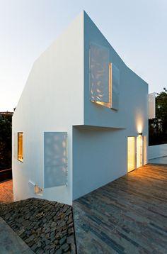 ONE FAMILY HOUSE IN VALLVIDRERA, BARCELONA   YLAB ARQUITECTOS BARCELONA   Photo: Marcela Grassi   Archinect