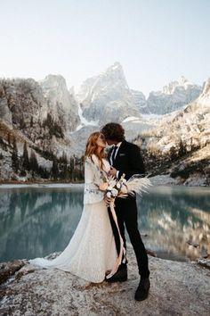 Kauai Wedding, Elope Wedding, Wedding Couple Poses, Couple Posing, Elopement Inspiration, Jackson Hole, Portrait Photography, Photographer Wedding