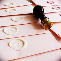Ahhh I'm so doing wax seals for my wedding invitations. This has my initial! Wedding Stationary, Wedding Invitations, Invites, Stationary Shop, Invitation Envelopes, Invitation Ideas, Shower Invitations, Rever Mariage, Wax Seals
