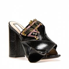 Bow mules with pins and crystal embroideries