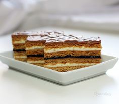 Medové rezy • recept • bonvivani.sk Sweet Desserts, Sweet Recipes, Tiramisu, Cooking Tips, Ale, Food And Drink, Sweets, Baking, Ethnic Recipes