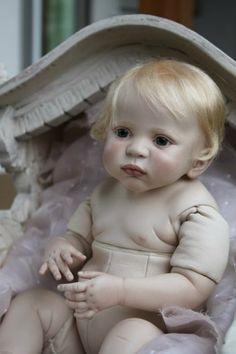 Кто эта красавица? / Опознаем кукол. Вопросы по куклам / Бэйбики. Куклы фото. Одежда для кукол