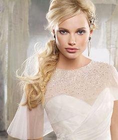 Könnyed frizura nyárvégi esküvőre | retikul.hu