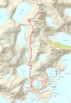 Munken | Mountain Hiking and Camping Guide | Lofoten Islands Norway | 68 North | 68 North