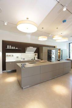 Bulthaup Show Room Von Joppe Exklusive Einbauküchen GmbH. Minimalistische  KüchenAusstellungsräume