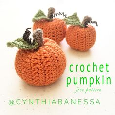 Free crochet Pumpkins patterns in US terminology.