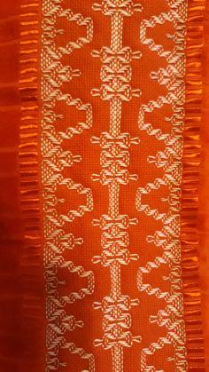 Swedish Weaving Patterns, Swedish Embroidery, Monks Cloth, Cat Cross Stitches, Hello Kitty Wallpaper, Manta Crochet, Bead Loom Patterns, Bargello, Christmas Cross