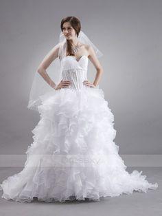 Simply Ball Gown Sweetheart Chapel Train Organza Wedding Dress