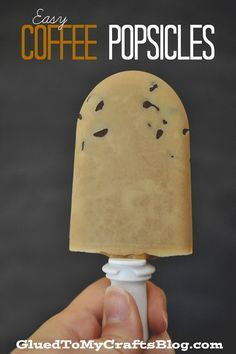 Easy Coffee Popsicles {Recipe} via Glued to My Crafts