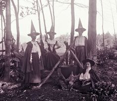 Woodland Witches of the late 1800's partake of Mabon. Description from…